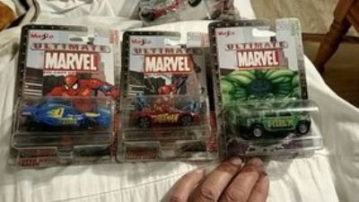 Spidey & Hulk Die Cast Cars