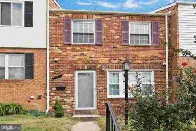 49 Orchard Dr Gaithersburg Three BR, Light filled Brick Town Home