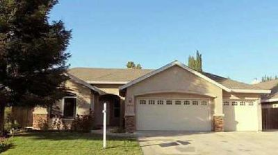 3143 VALLEY OAK Court Live Oak Three BR, Beautifully updated home
