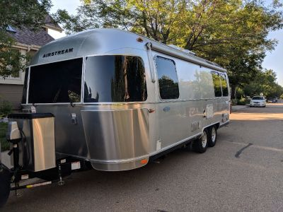 2018 Airstream FLYING CLOUD 25FB QUEEN