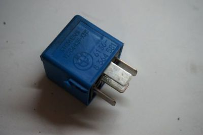 Sell OEM 1999-2005 BMW E46 Fuse Relay 8364581 motorcycle in Rancho Cordova, California, United States, for US $8.00
