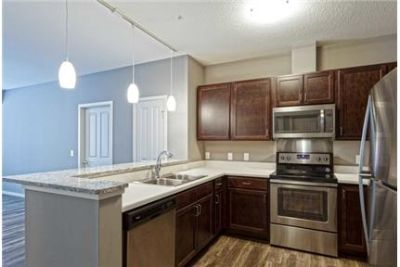 Convenient location 2 bed 2 bath for rent. Covered parking!