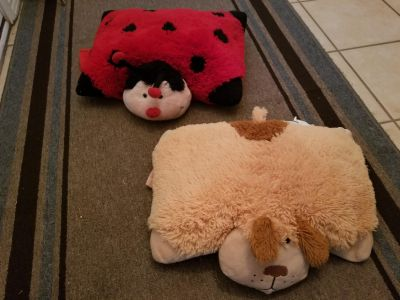 Ladybug and puppy pillow pets