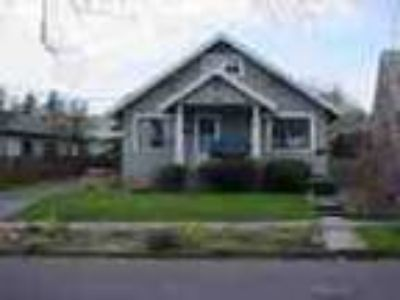 2bed1bath In Portland Pets Ok Water Paid Yard
