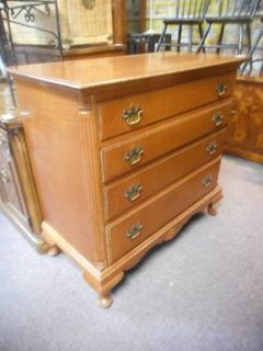 Sweet Maple Chest of Drawers