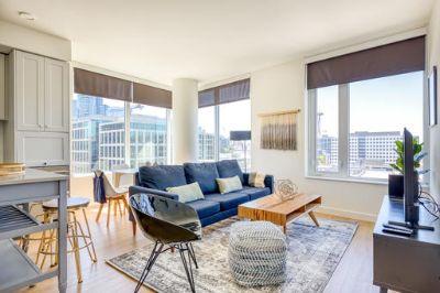 $4530 2 apartment in Queen Anne