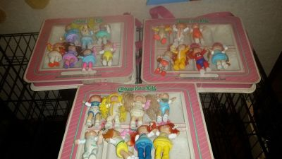 Mini Cabbage Patch Dolls & Cases
