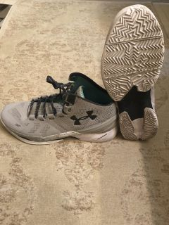Steph Curry size 14