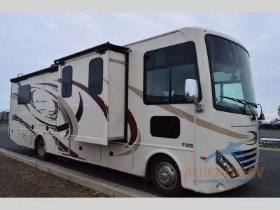 2018 Thor Motor Coach Hurricane 31Z