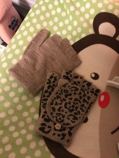 Cute Mittens. Pick up at McCalla Target on Thursday s from 5:15 till 6. Cp.