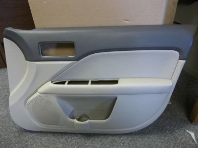Sell 2010-2011 NEW OEM FORD FUSION HYBRID RH FRONT DOOR TRIM PANEL AE5Z-5423942-DA motorcycle in Bixby, Oklahoma, US, for US $199.99