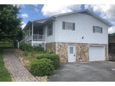 1 Bath Preforeclosure Property in Greeneville, TN 37743 - Lincoln Dr