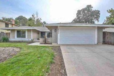 8773 Los Encantos Circle Elk Grove Four BR, Lovely home in quiet