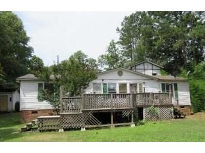 3 Bed 2 Bath Foreclosure Property in Woodruff, SC 29388 - Miller Rd