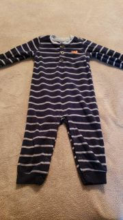 Carter's size 18 month fleece outfit.