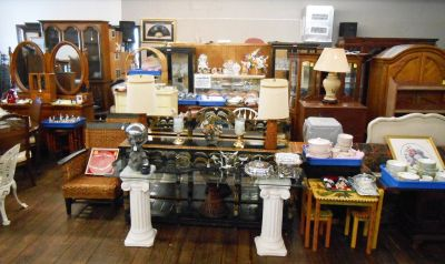 Huge Estate Auction – Quality Furniture and Home Accessories From Several Estates!