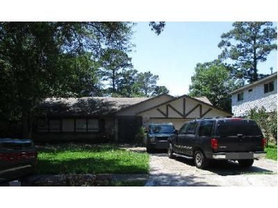 3 Bed 2 Bath Preforeclosure Property in Spring, TX 77373 - Bayleaf Dr