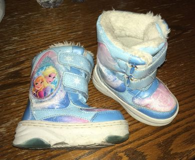 5/6 toddler snow boots