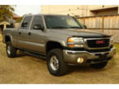 Used 2006 Gmc SIERRA 2500 HD for sale.