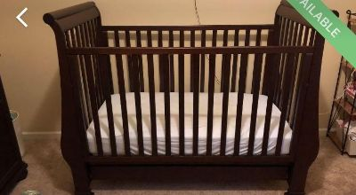 Regrassi Brand Matching Crib and Changing Table Dresser