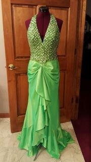 Prom STUDIO 17 sz 4 6 8 (see measurements) Homecoming Green Halter Formal Prom Gown Ball Masque...
