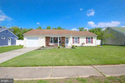 133 Arbor Meadow Dr SICKLERVILLE Three BR, Beautifully landscaped