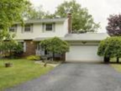 HOME FOR SALE! 4418 Wickham Ct Adrian Mi. 49221