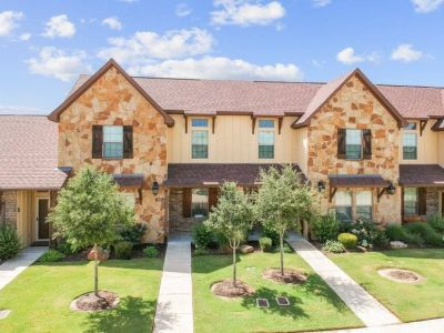 $4900 4 townhouse in North Central TX