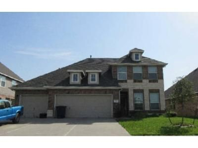4 Bed 2.5 Bath Foreclosure Property in Baytown, TX 77523 - Quiet Bay Dr