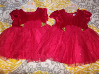 Christmas dresses worn for pics only Sz newborn read below have 2 5.00 each