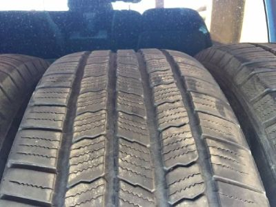 275 55 20 Michelin Tires 75% tread!