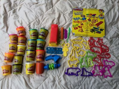 Play-Doh fun factory deluxe set (plus extra doh), 10 tubs new/6 used but clean/good still
