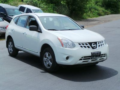 2012 Nissan Rogue S (Pearl White)