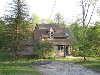 3 Bed 1 Bath Foreclosure Property in Douglas, MA 01516 - Birch Hill Rd