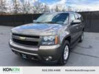 2011 Chevrolet Suburban LT 1500 Vortec Iron Block 5.3L Flex Fuel V8 320hp 335ft.