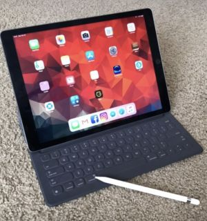 iPad Pro (12.9 inch), Apple Pencil, and Smart Keyboard