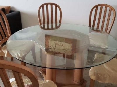 Dining table with free coffee table