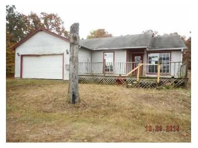 3 Bed 2 Bath Foreclosure Property in Muldrow, OK 74948 - Old Us Highway 64