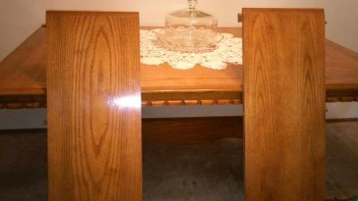 Dining table with six padded chairs, good condition