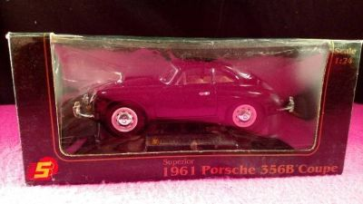 1961 Porsche 356B Coupe Diecast 1:24 Scale Black Car (T=37)