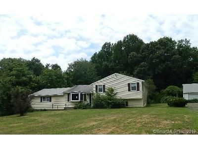 4 Bed 2.5 Bath Foreclosure Property in North Haven, CT 06473 - Overbrook Rd