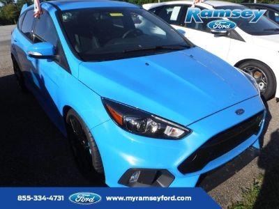 2017 Ford Focus RS (Nitrous Blue Quad-Coat)