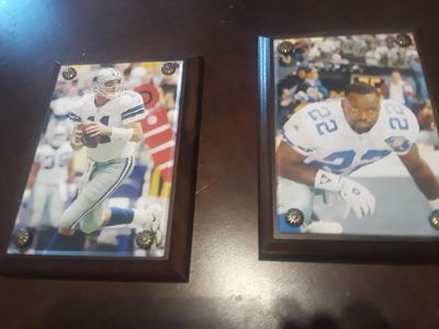 Dallas Cowboys #11 and #22 hanging wall plaques