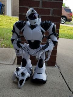 Remote Control Robot in very good condition.