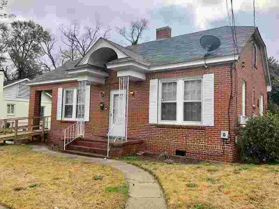 2712 Pecan Street Columbus Two BR, Great brick home on a nice