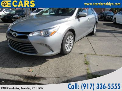2017 Toyota Camry LE Automatic (Natl) (Silver)