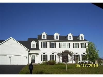 5 Bed 3.1 Bath Foreclosure Property in Auburn, NY 13021 - Green Links Turn