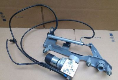 Find MERCEDES W215 CL500 CL600 CL55 CL65 TRUNK REMOTE LOCKING LOCK VACUUM PUMP HINGES motorcycle in Cumming, Georgia, United States, for US $299.94