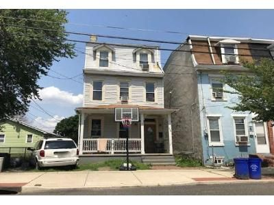 4 Bed 2 Bath Foreclosure Property in Gloucester City, NJ 08030 - Market St