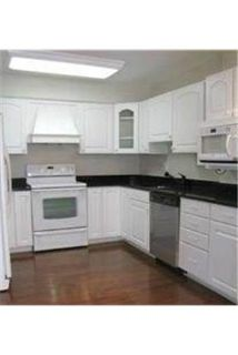$2,200/mo - ready to move in. Washer/Dryer Hookups!